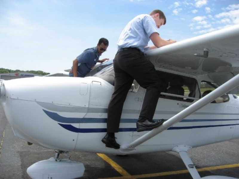 Your First Flying Lesson: What to Expect